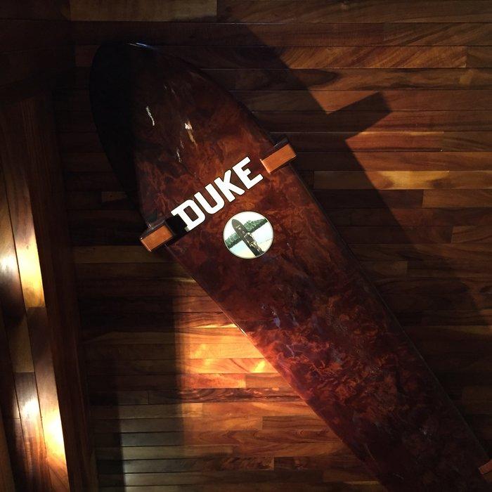 Dukes Restaurant and Barefoot Bar in Waikiki Beach