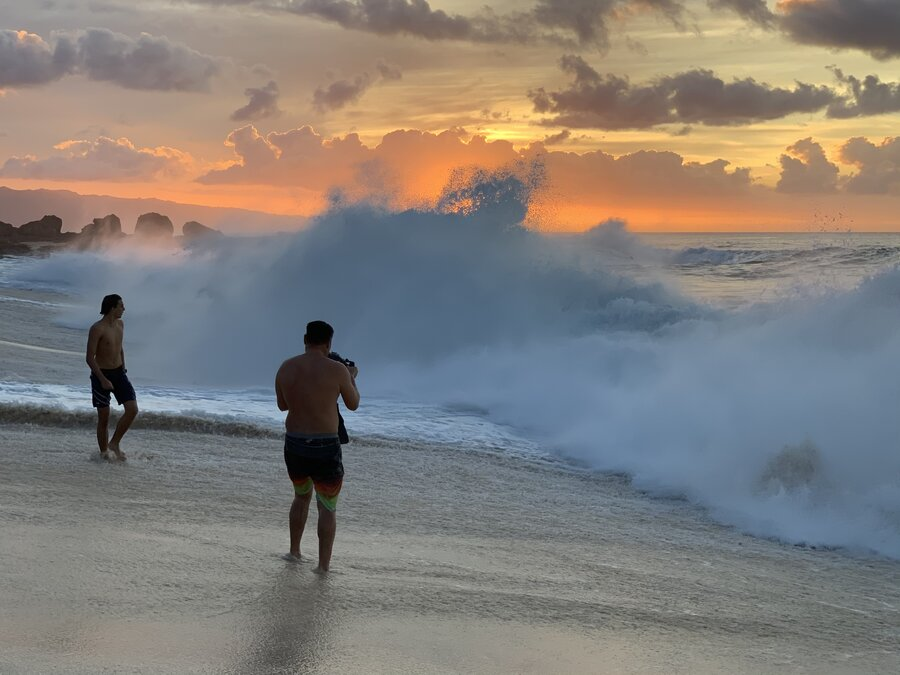Ke Iki Beach Waves Shorebreak